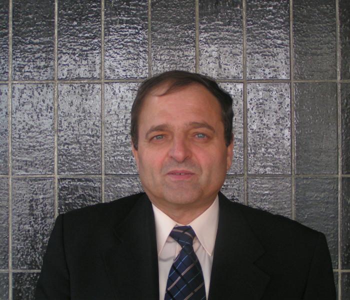واقع التنمية العربية – لقاء تلفزيوني في الجزيرة بمشاركة الدكتور غانم النجار – علي أسعد وطفة
